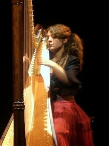 Concert exceptionnel de Pauline Haas, nominée aux Victoires de la Musique Classique 2012, à Tordères! dans A retenir PaulineHaaslight3-225x300