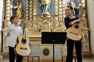 Deux jeunes talents de la guitare classique à Tordères dans Fêtes et animations DSC_6889-300x199